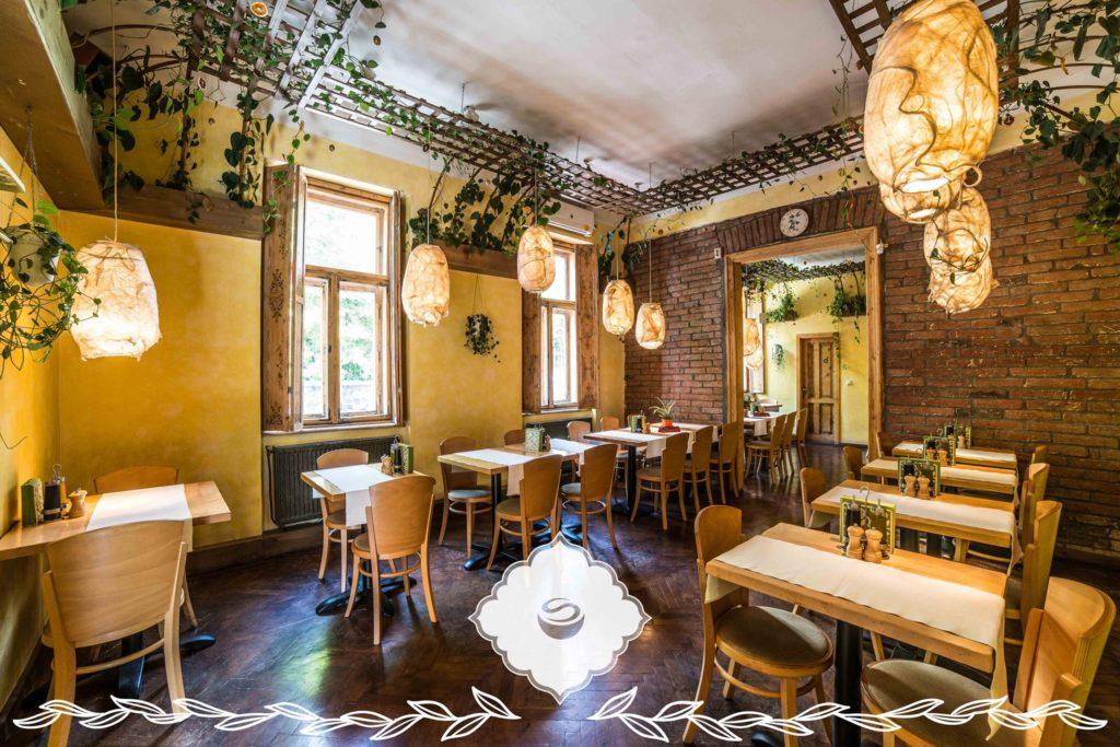 vegan vegetarian restaurant in Cluj Napoca Transylvania Hostel
